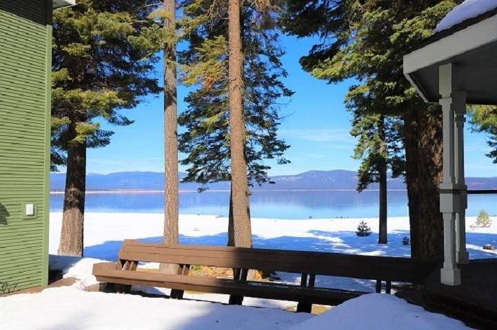 3. Single Family Homes for Active at 173 Lake Almanor West Drive Chester, California 96020 United States
