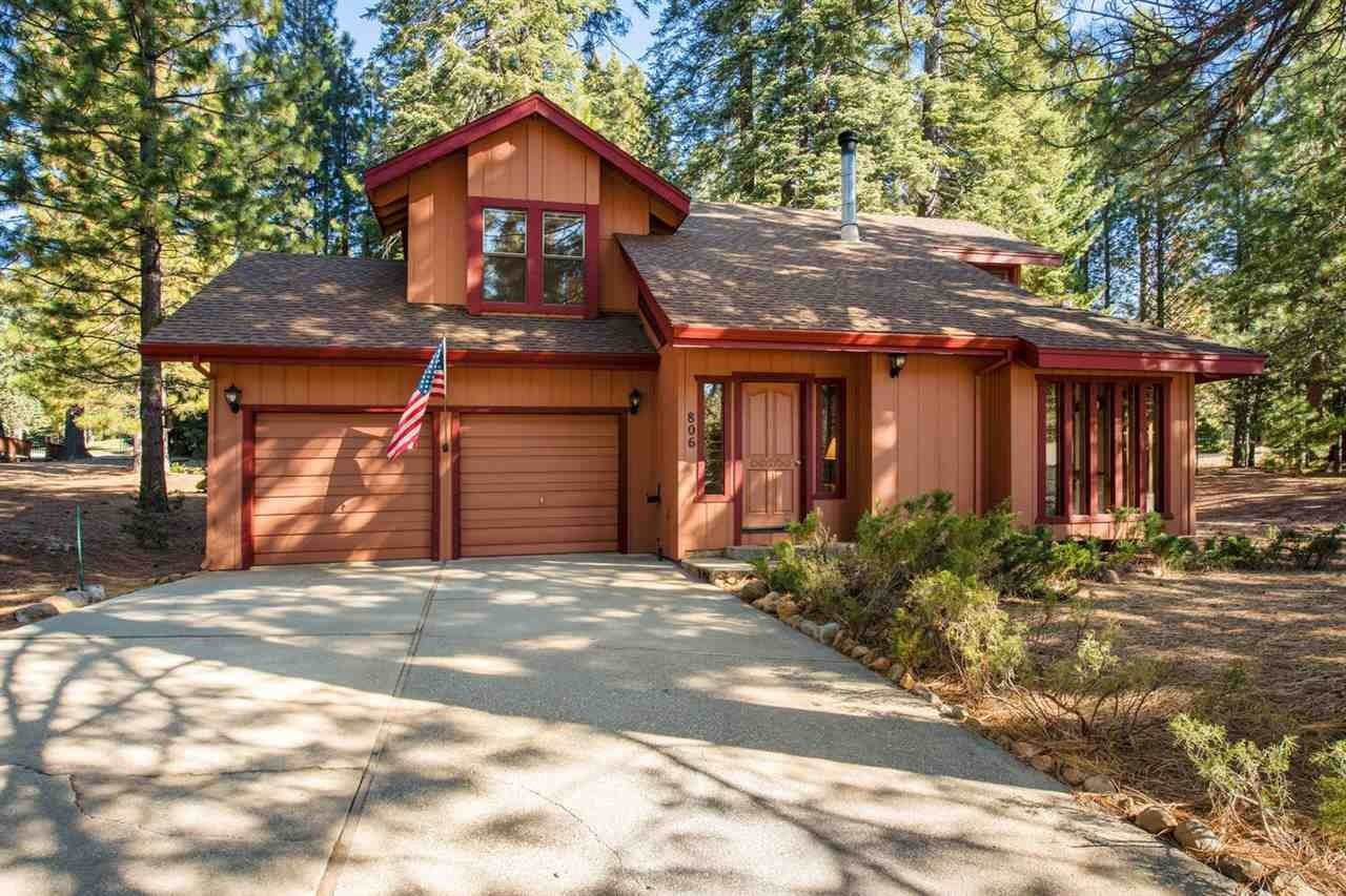 Single Family Homes for Active at 806 Golf Club Road Lake Almanor, California 96137 United States