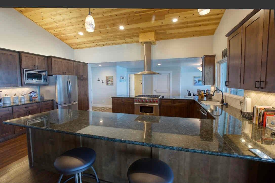 3. Single Family Homes for Active at 1415 Lassen View Drive Lake Almanor, California 96137 United States
