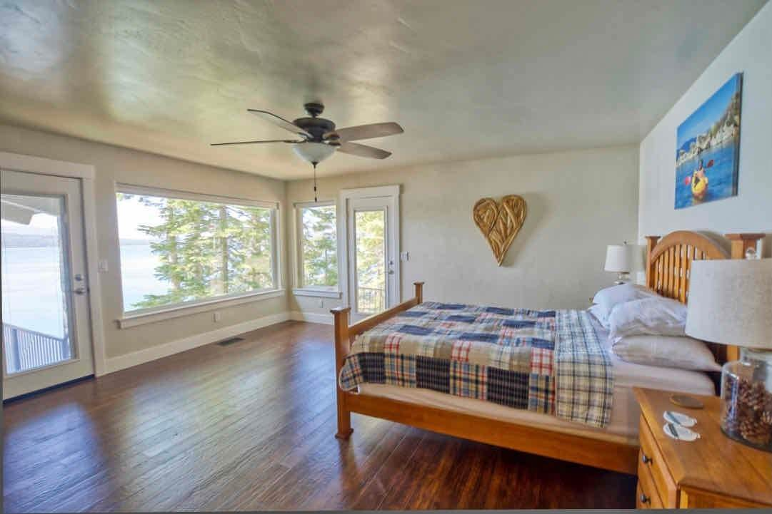 10. Single Family Homes for Active at 1415 Lassen View Drive Lake Almanor, California 96137 United States