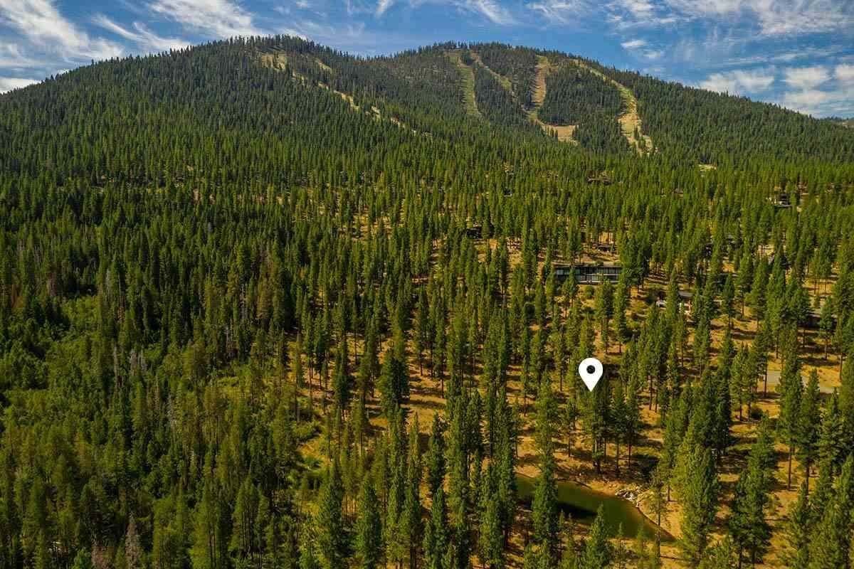 Land for Active at 2413 Newhall Court Truckee, California 96161 United States