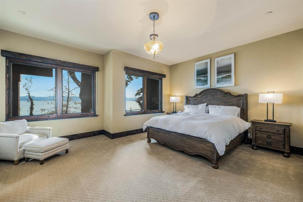 20. Single Family Homes for Active at 1530 North Lake Boulevard Tahoe City, California 96145 United States