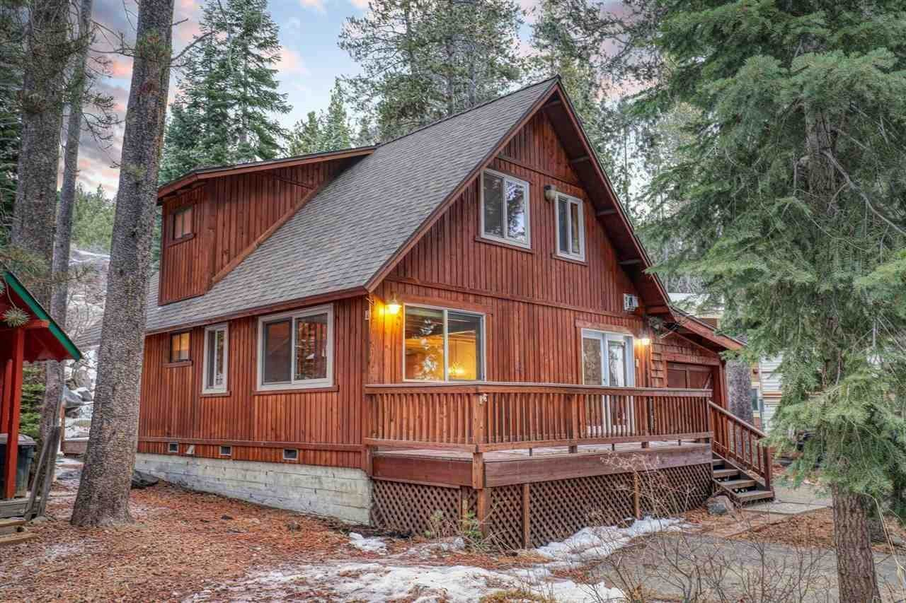 Single Family Homes for Active at 10096 Tamarack Road Truckee, California 96161 United States