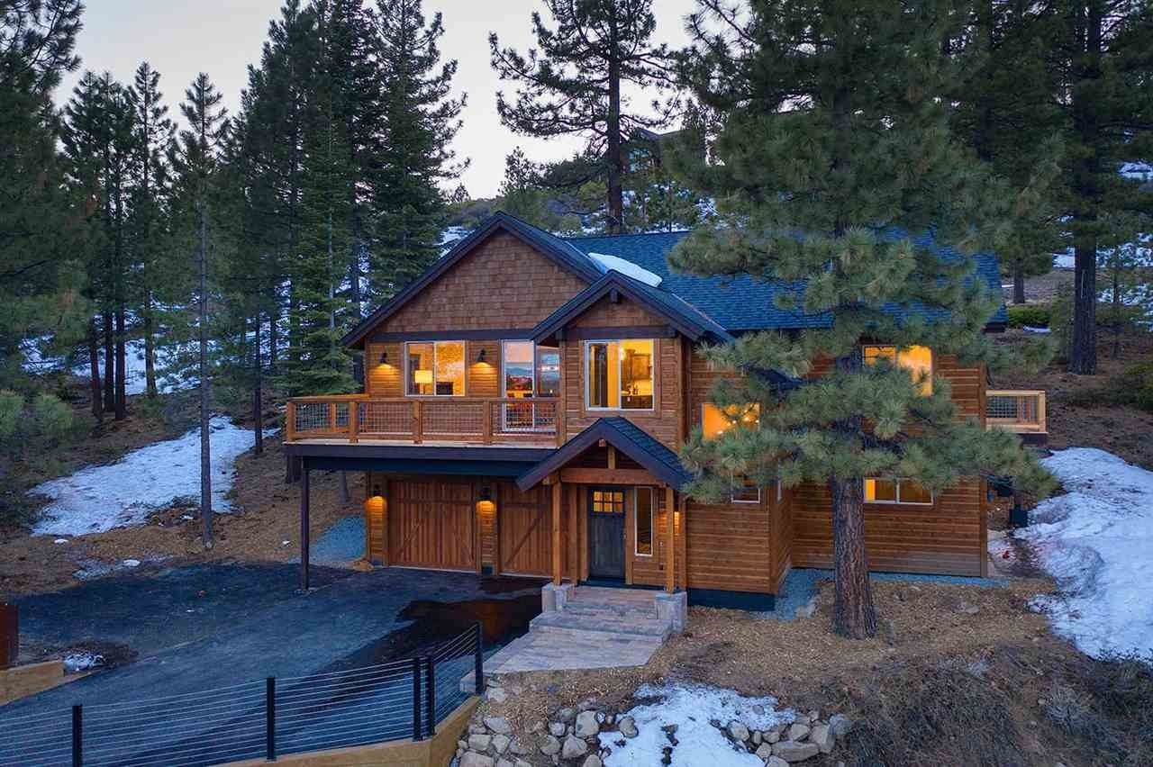 8. Single Family Homes for Active at 17030 Skislope Way Truckee, California 96161 United States