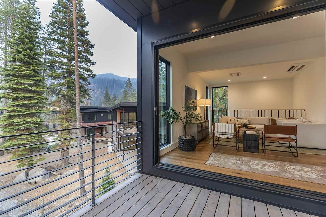 6. Single Family Homes for Active at 342 Palisades Circle Olympic Valley, California 96146 United States