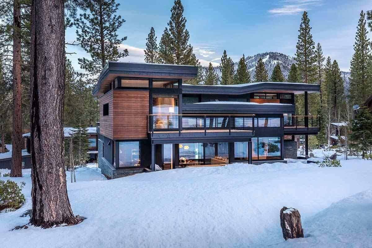 Single Family Homes for Active at 8378 Thunderbird Circle Truckee, California 96161 United States