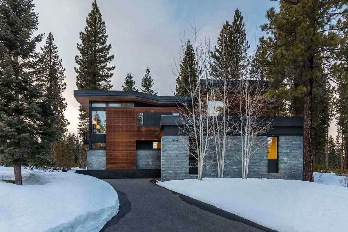 4. Single Family Homes for Active at 8378 Thunderbird Circle Truckee, California 96161 United States