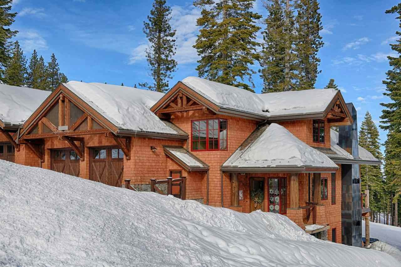 3. Condominiums for Active at 14491 Home Run Trail Truckee, California 96161 United States