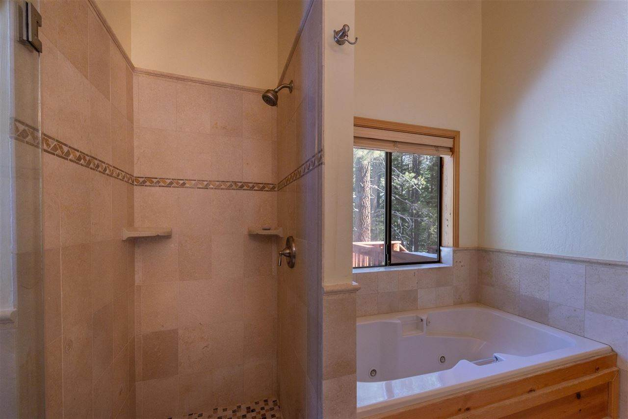 18. Single Family Homes for Active at 12616 Bernese Lane Truckee, California 96161 United States