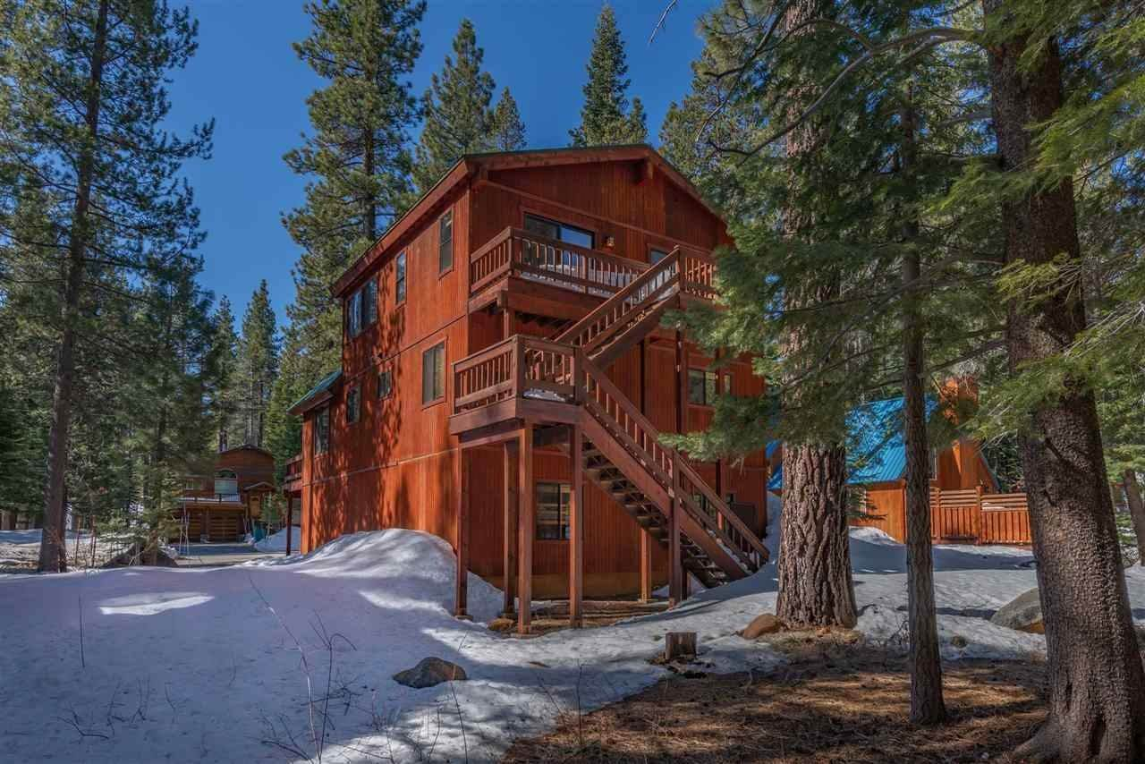 3. Single Family Homes for Active at 12616 Bernese Lane Truckee, California 96161 United States