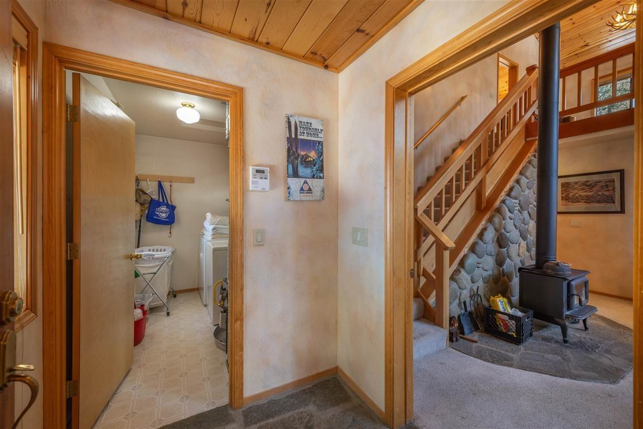 5. Single Family Homes for Active at 12616 Bernese Lane Truckee, California 96161 United States