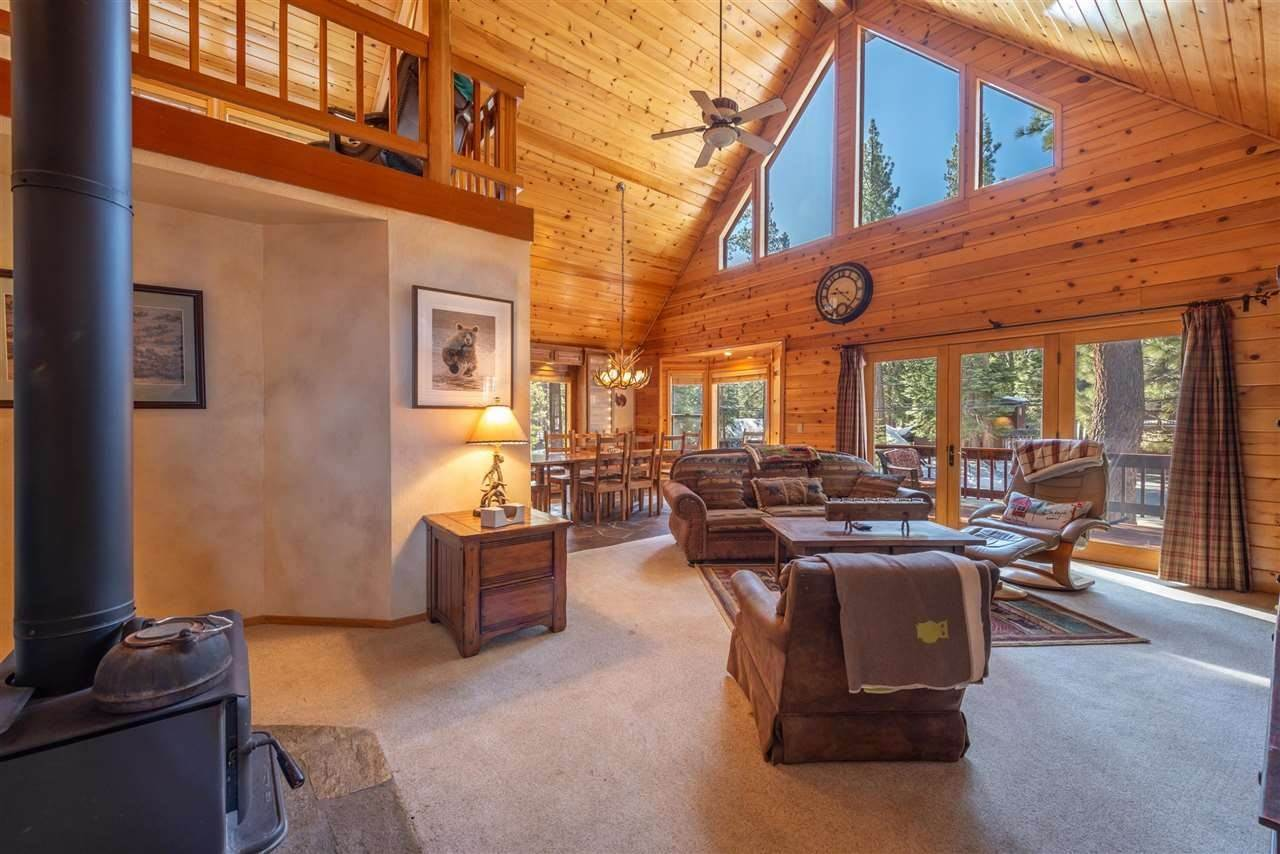 6. Single Family Homes for Active at 12616 Bernese Lane Truckee, California 96161 United States