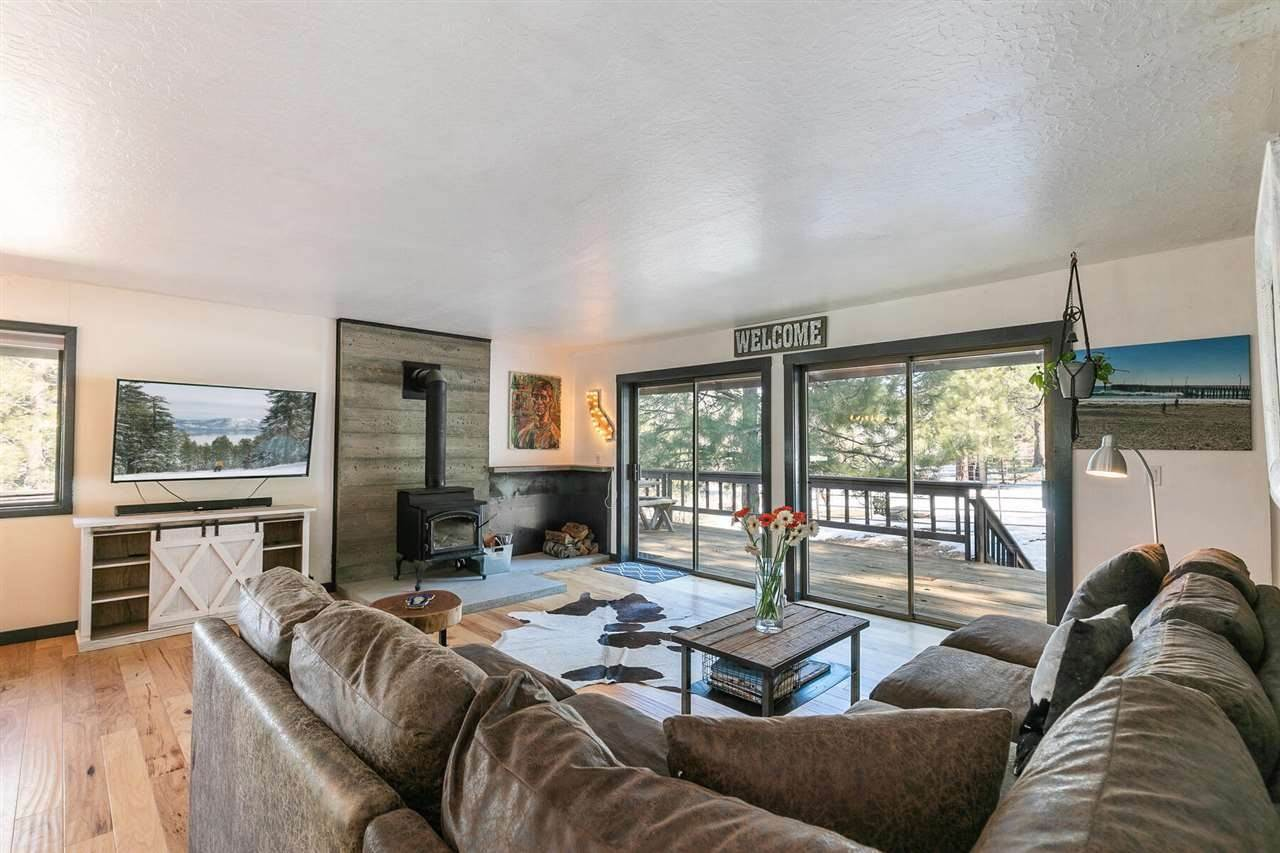 4. Single Family Homes for Active at 15171 Berkshire Circle Truckee, California 96161 United States