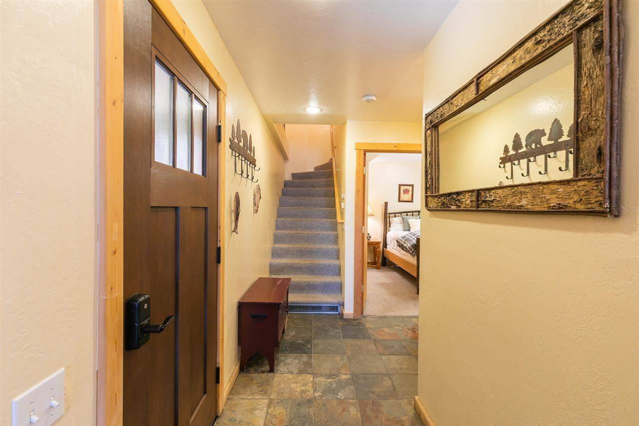 2. Condominiums for Active at 4066 Coyote Fork Truckee, California 96161 United States