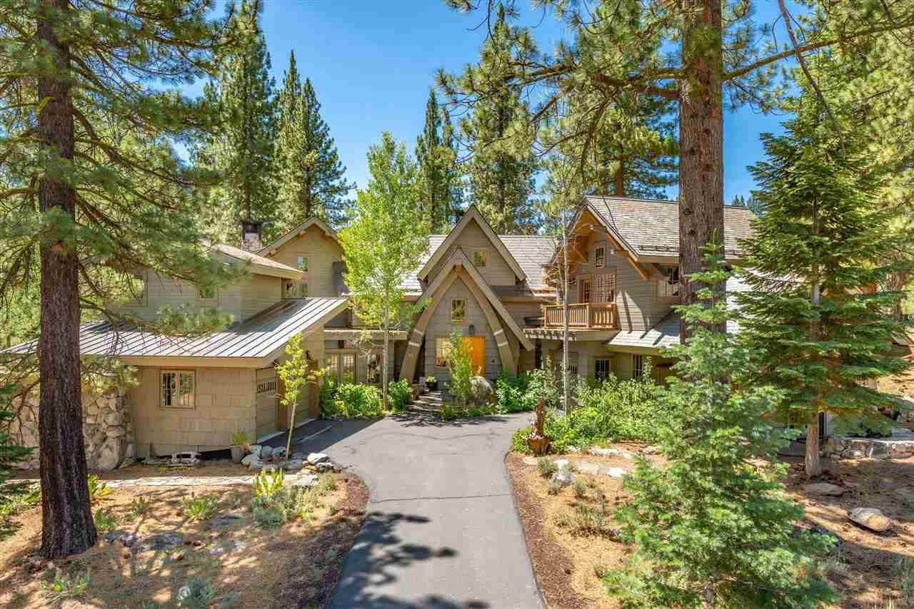 Single Family Homes for Active at 153 Bob Sherman Truckee, California 96161 United States