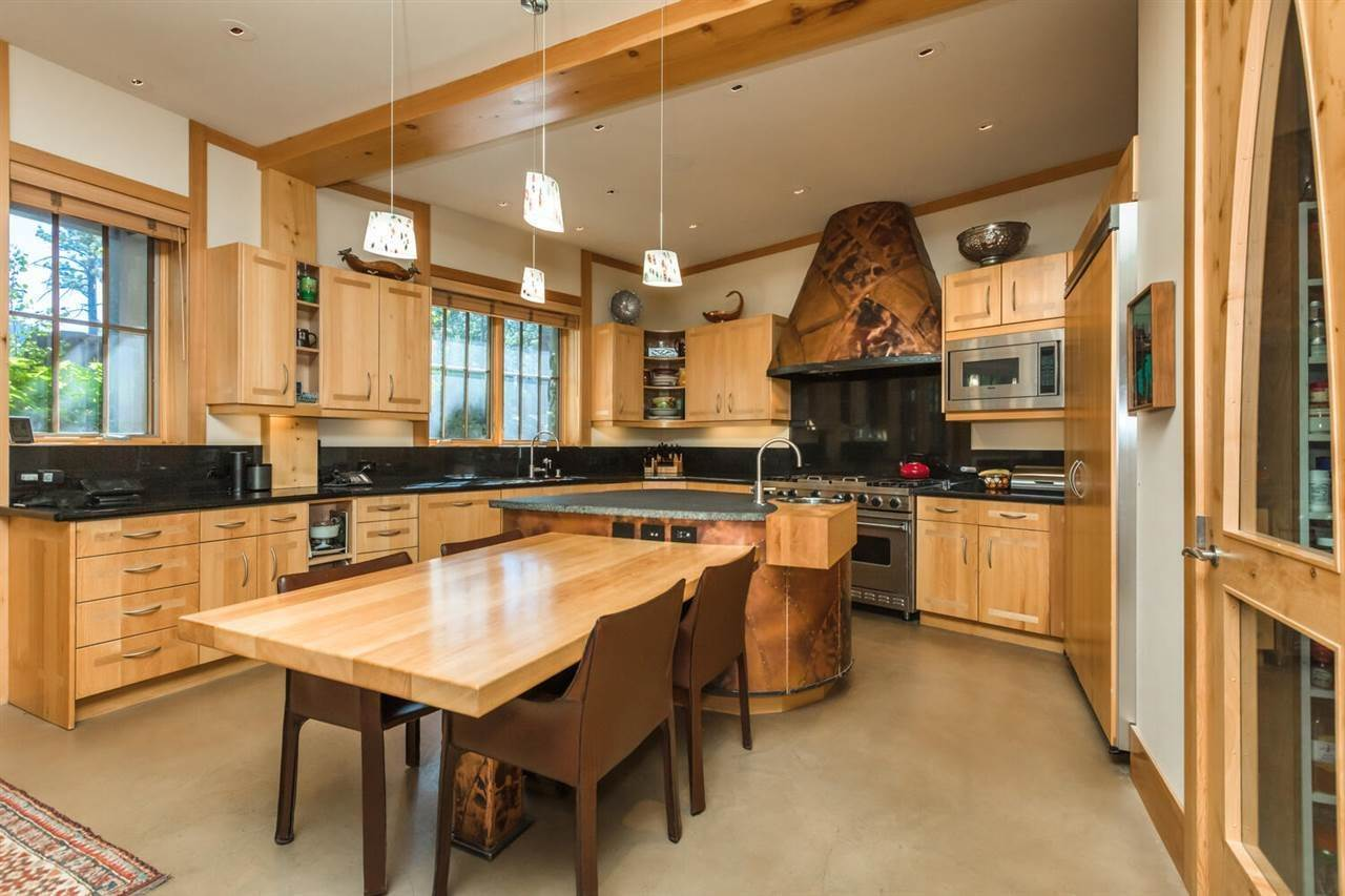 6. Single Family Homes for Active at 153 Bob Sherman Truckee, California 96161 United States