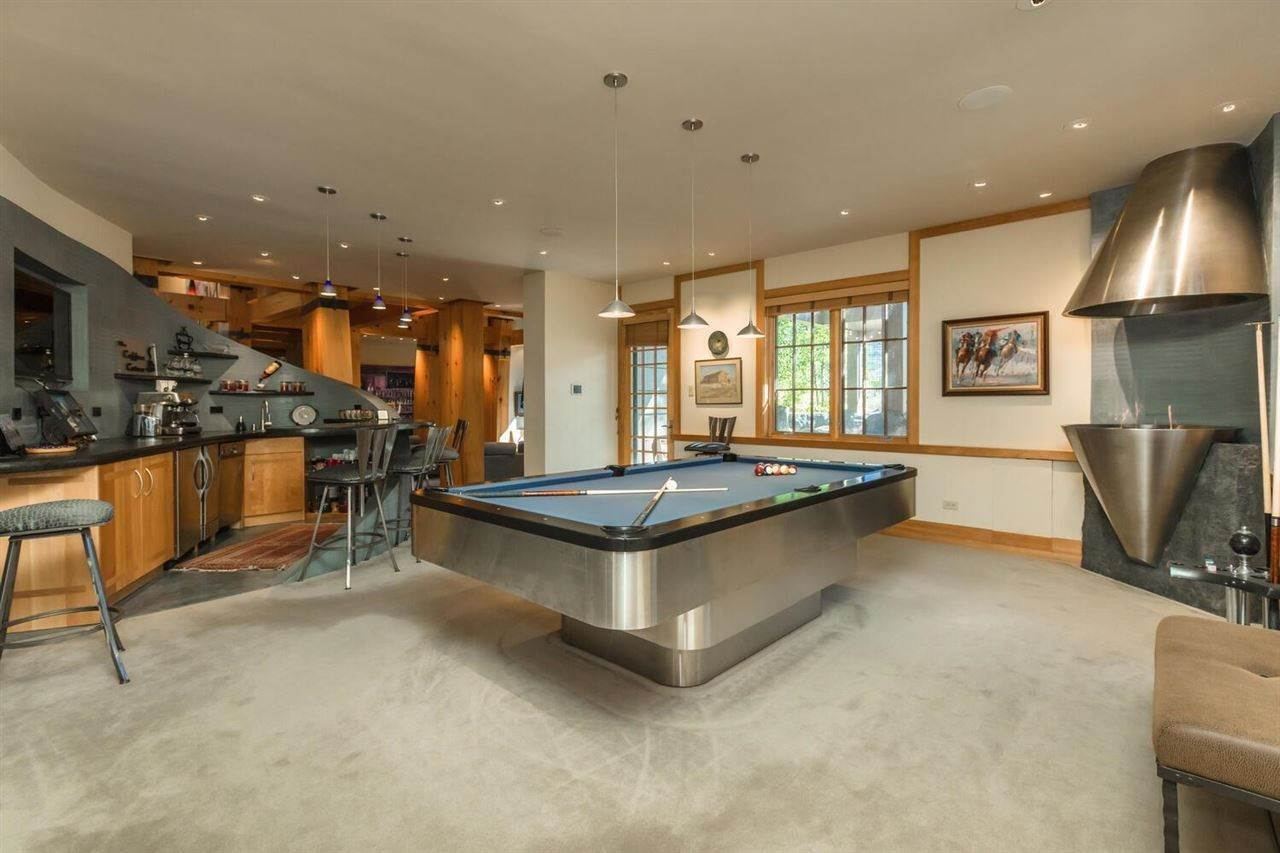 9. Single Family Homes for Active at 153 Bob Sherman Truckee, California 96161 United States