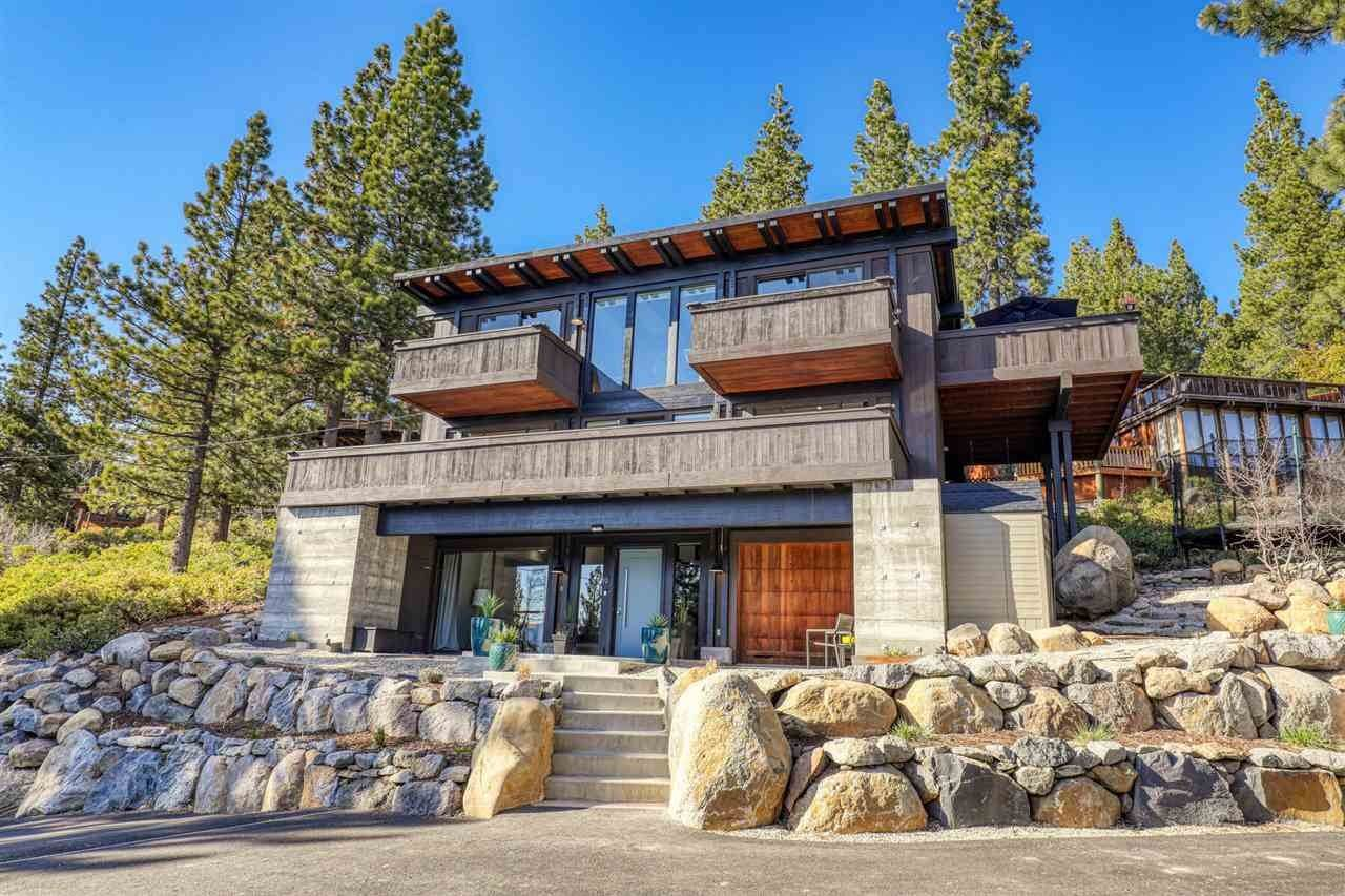 Single Family Homes for Active at 19 Lassen Drive Tahoe City, California 96145 United States