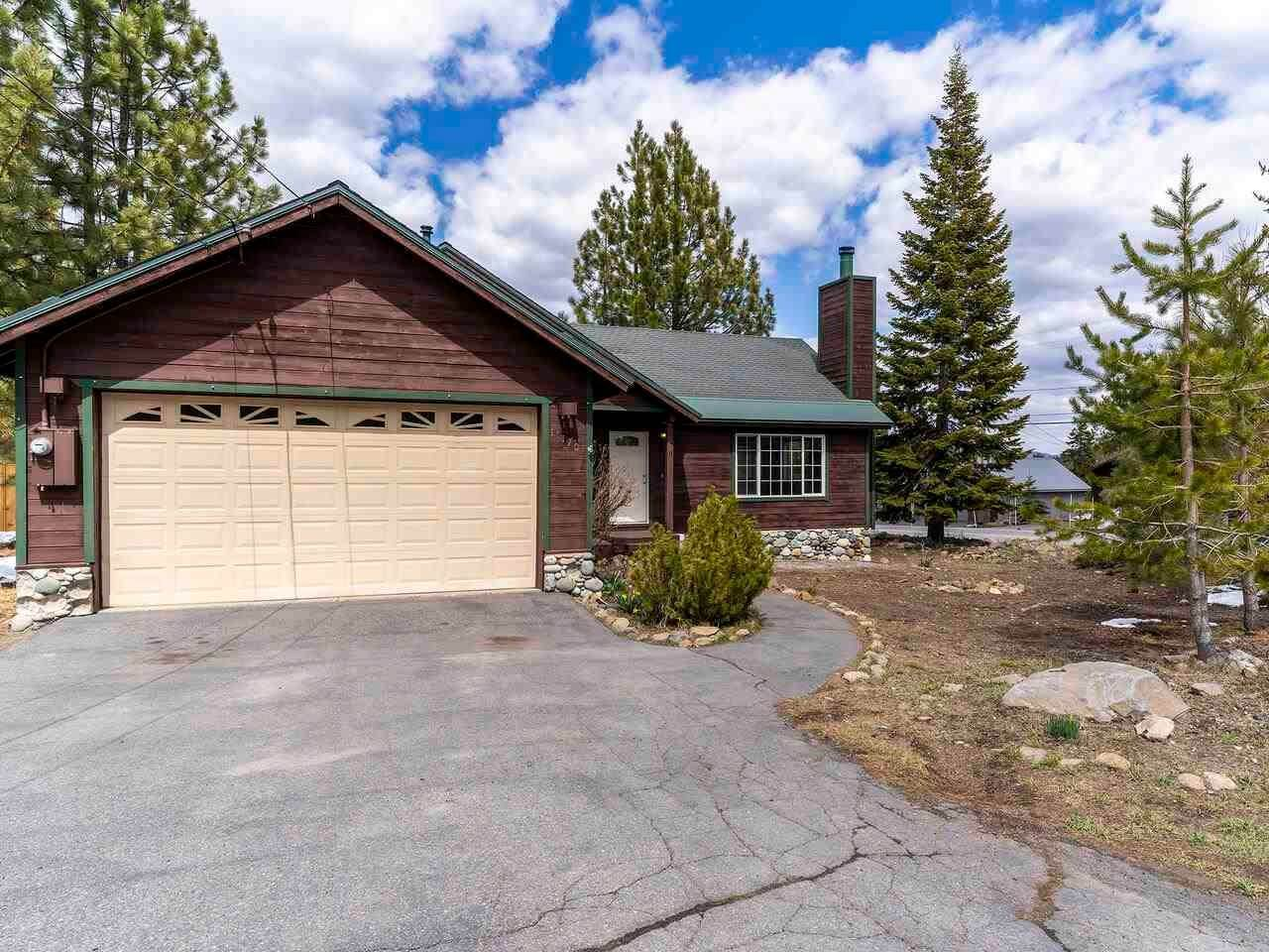 Single Family Homes for Active at 13170 Stockholm Way Truckee, California 96161 United States