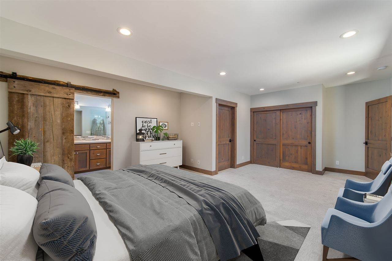 14. Single Family Homes for Active at 11805 Skislope Way Truckee, California 96161 United States