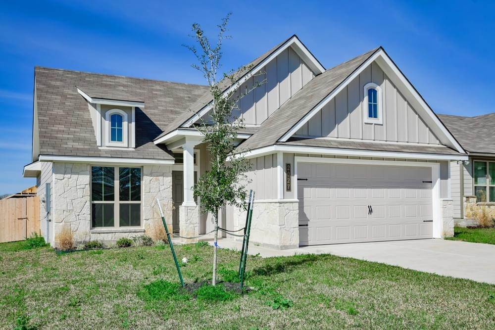 Single Family for Active at Vintage Farms - 1443 1020 Trellis Pass BRENHAM, TEXAS 77833 UNITED STATES