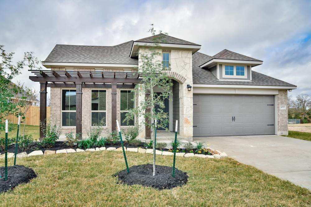 Single Family for Active at Vintage Farms - 1818 1020 Trellis Pass BRENHAM, TEXAS 77833 UNITED STATES