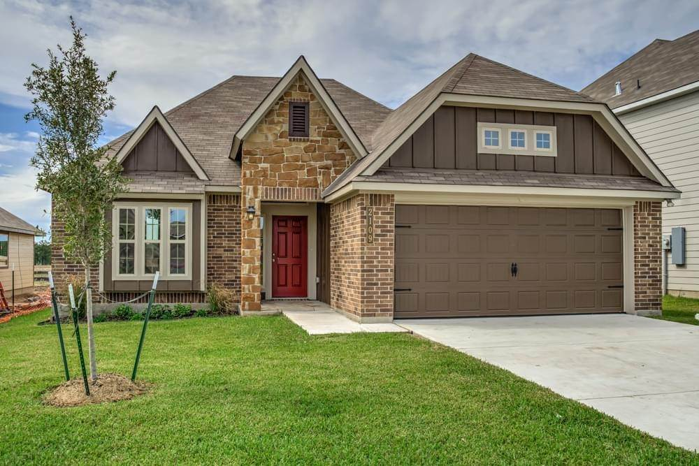 Single Family for Active at Vintage Farms - 1613 1020 Trellis Pass BRENHAM, TEXAS 77833 UNITED STATES