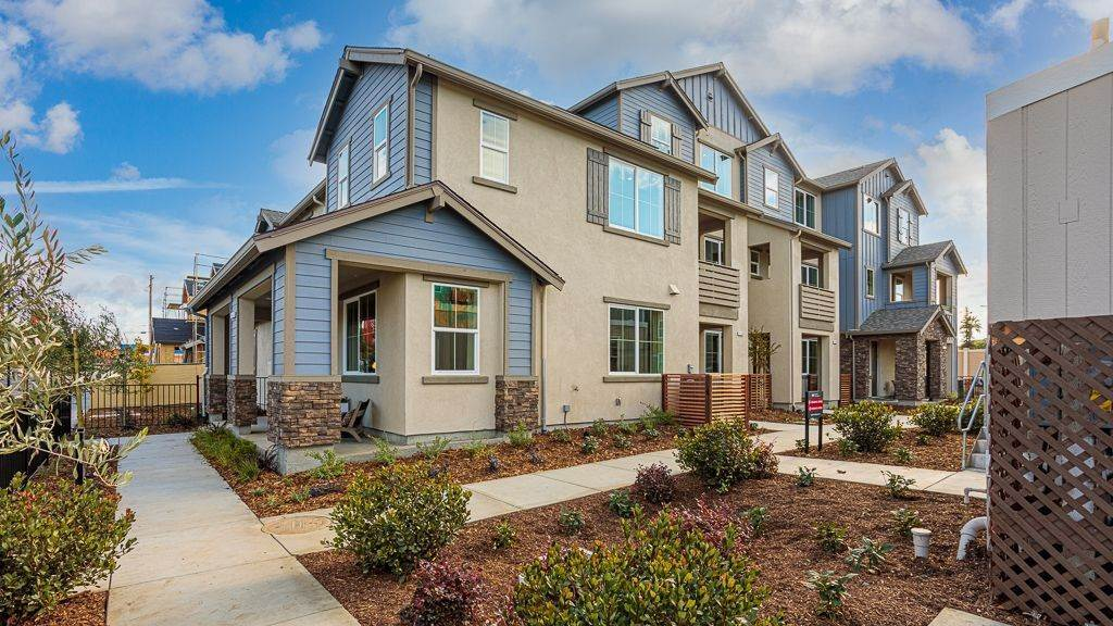 Multi Family for Active at Uptown In Livermore - Plan 3 1687 Chestnut Street LIVERMORE, CALIFORNIA 94551 UNITED STATES
