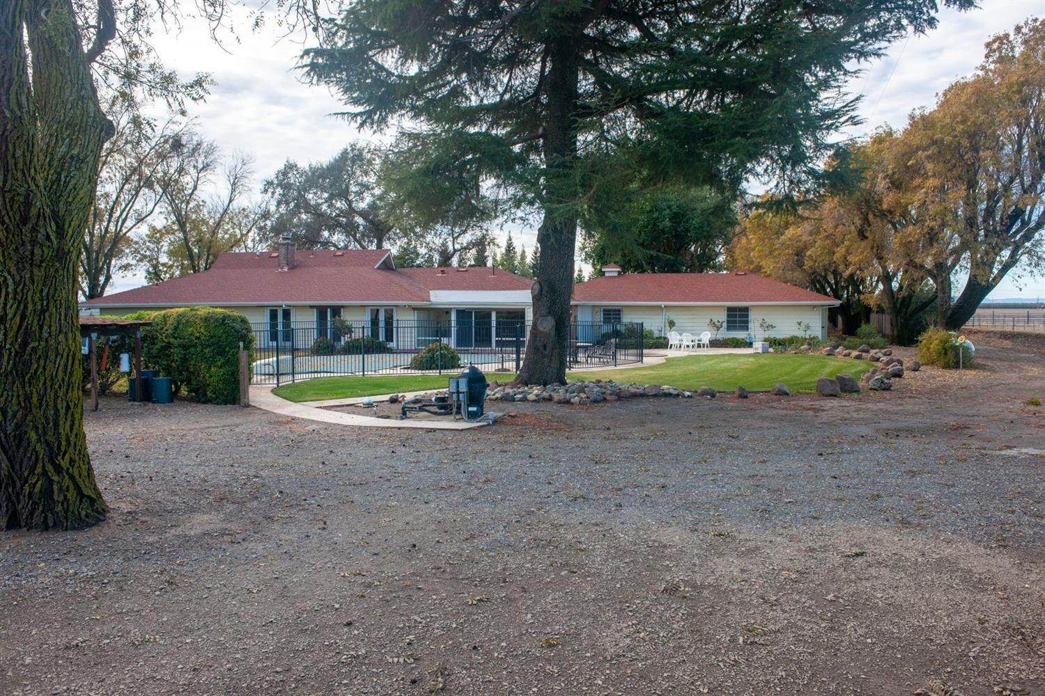 Single Family Homes por un Venta en 10587 County Road 102 Woodland, California 95776 Estados Unidos