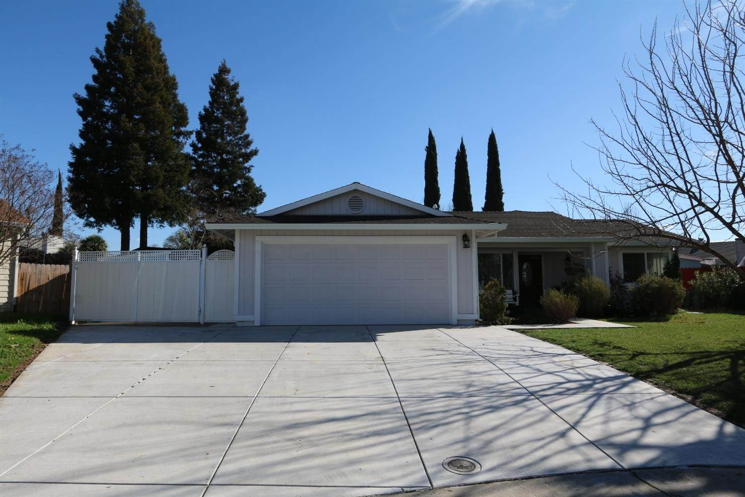 Single Family Homes for Active at 7310 Koala Court North Highlands, California 95660 United States