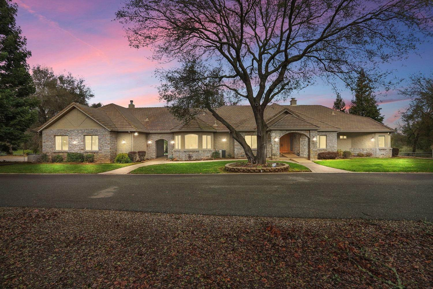 Single Family Homes for Active at 24521 N Mcintire Road Clements, California 95227 United States