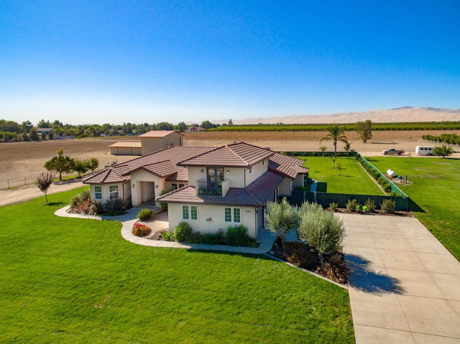 Single Family Homes 为 销售 在 33801 S Koster Road Tracy, 加利福尼亚州 95304 美国
