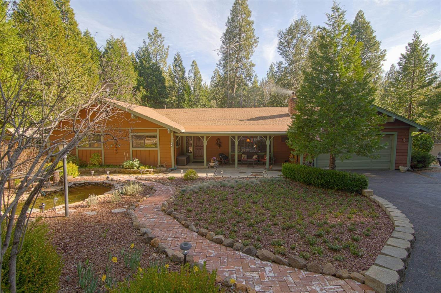 Single Family Homes for Active at 23140 Shake Ridge Road Volcano, California 95689 United States