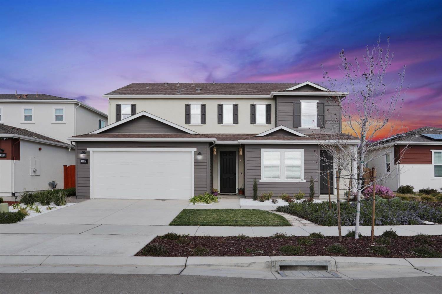 Single Family Homes for Active at 1395 Huntington Way Lathrop, California 95330 United States