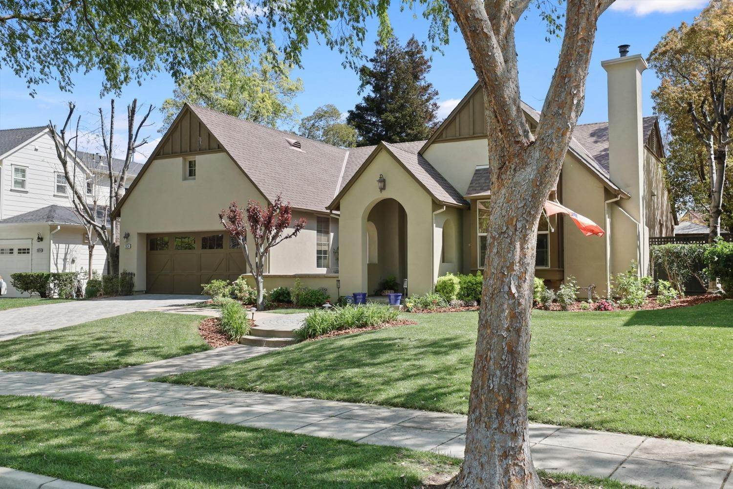 3. Single Family Homes for Active at 2634 Redbridge Road Tracy, California 95377 United States
