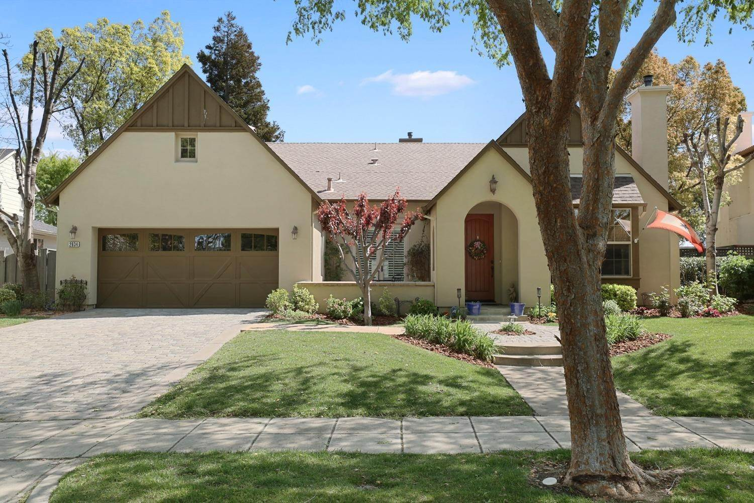 4. Single Family Homes for Active at 2634 Redbridge Road Tracy, California 95377 United States