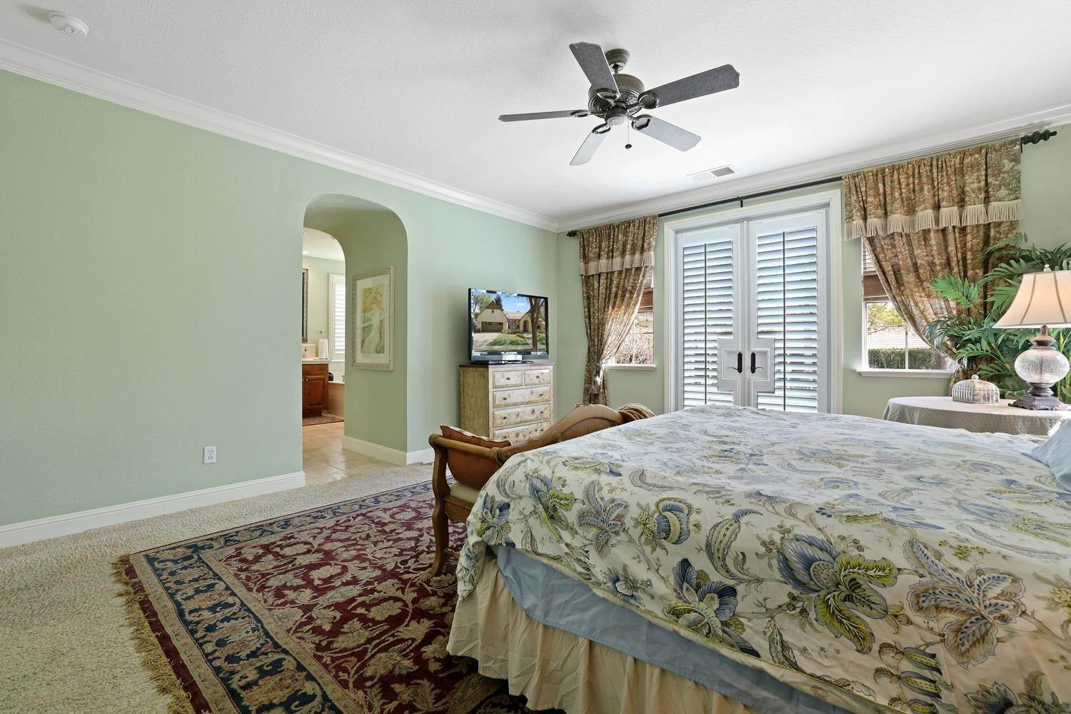 22. Single Family Homes for Active at 2634 Redbridge Road Tracy, California 95377 United States