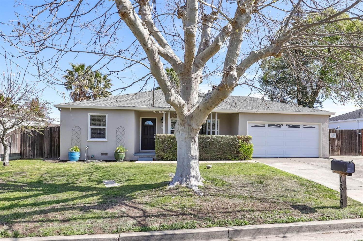 Single Family Homes por un Venta en 1814 Noemi Drive Concord, California 94519 Estados Unidos