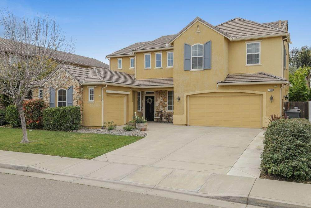 3. Single Family Homes for Active at 2001 Amatchi Drive Tracy, California 95304 United States