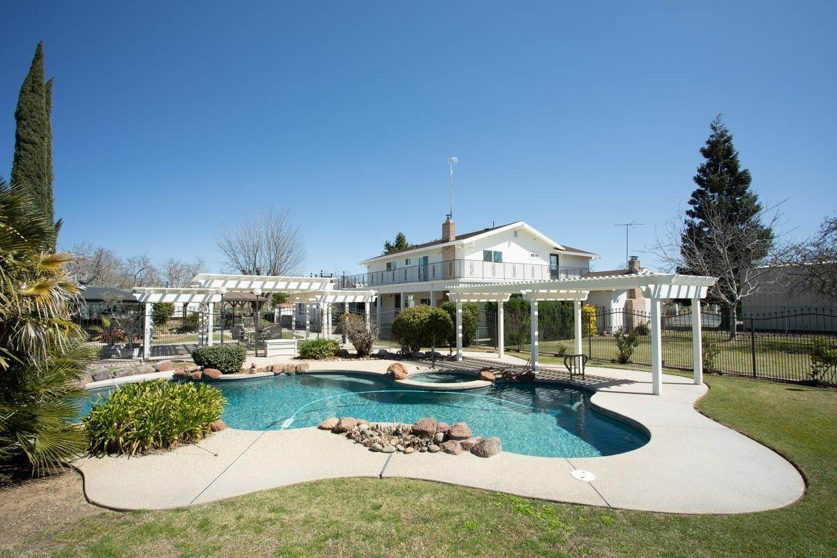 Single Family Homes por un Venta en 1830 Berry Road Rio Oso, California 95674 Estados Unidos