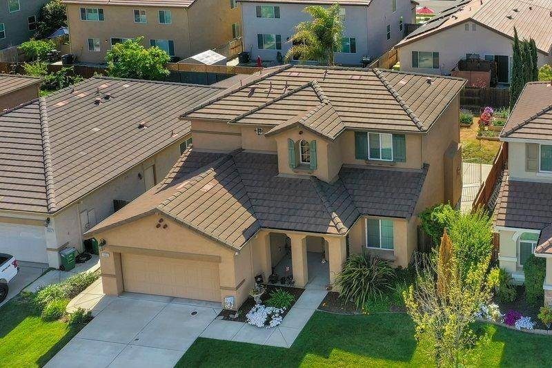 5. Single Family Homes for Active at 10603 Christopher Court Stockton, California 95209 United States