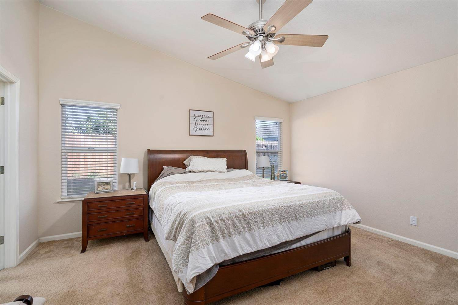 14. Single Family Homes for Active at 6726 Sun Acer Way Rio Linda, California 95673 United States