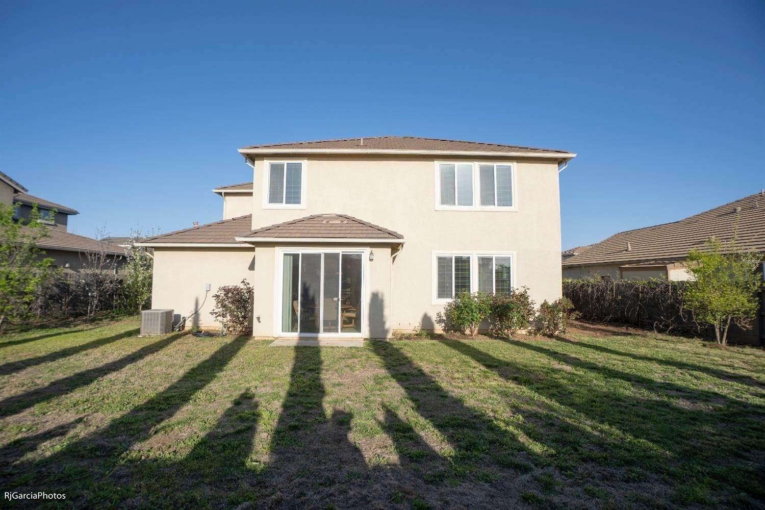 25. Single Family Homes for Active at 4724 Village Mill Way Rancho Cordova, California 95742 United States