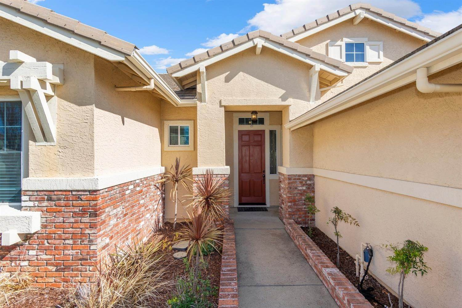 4. Single Family Homes for Active at 2128 Mullen Court Folsom, California 95630 United States
