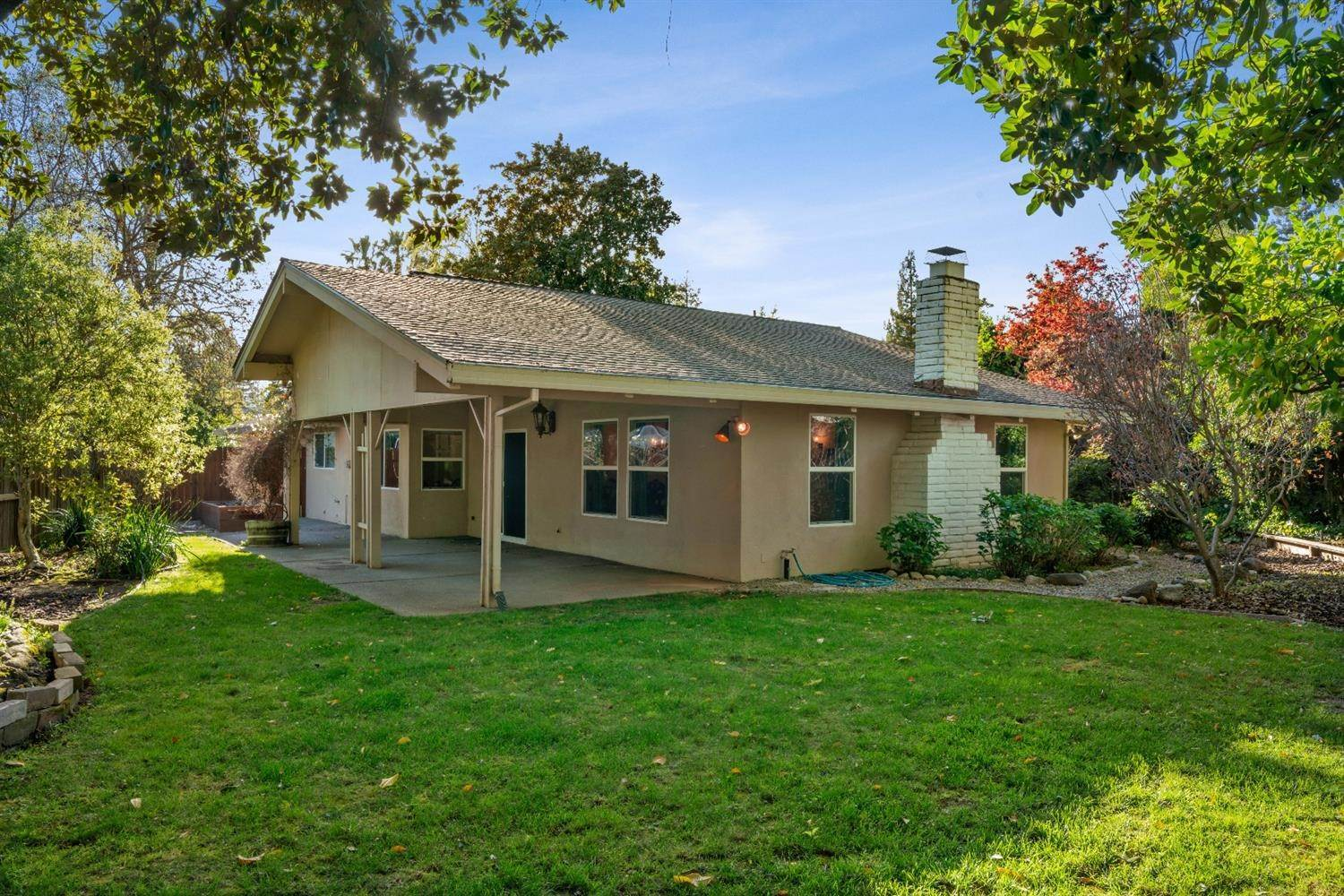 44. Single Family Homes for Active at 11 Sable Court Sacramento, California 95864 United States