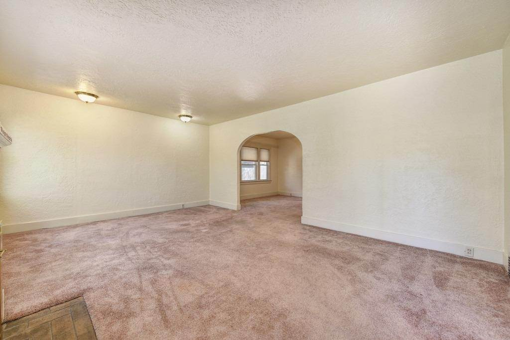 10. Single Family Homes for Active at 2947 24th Street Sacramento, California 95818 United States