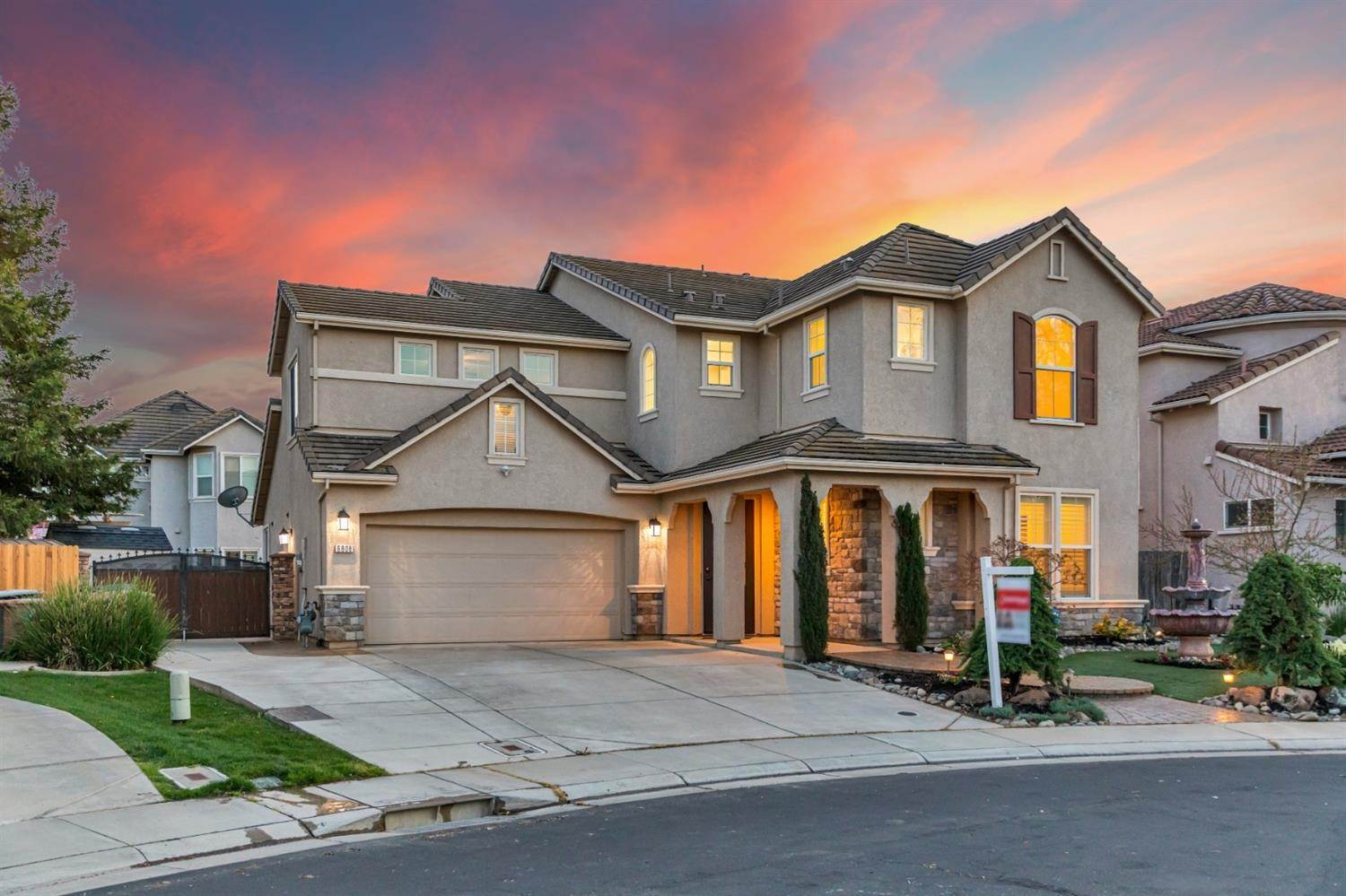12. Single Family Homes for Active at 6808 SALVATERRA Circle Elk Grove, California 95757 United States