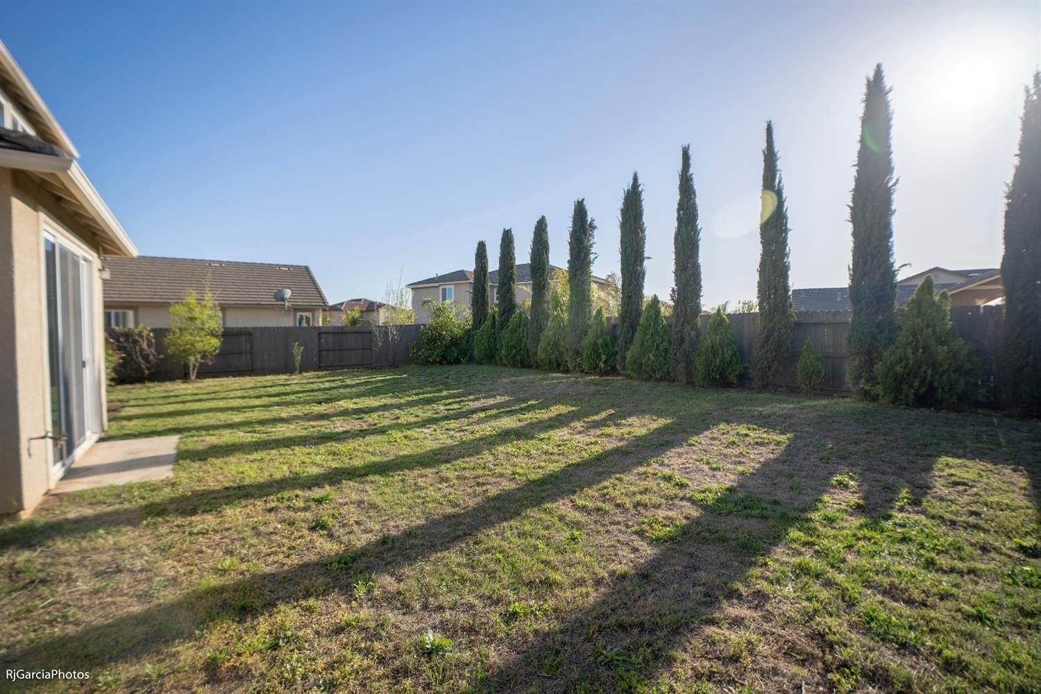 23. Single Family Homes for Active at 4724 Village Mill Way Rancho Cordova, California 95742 United States