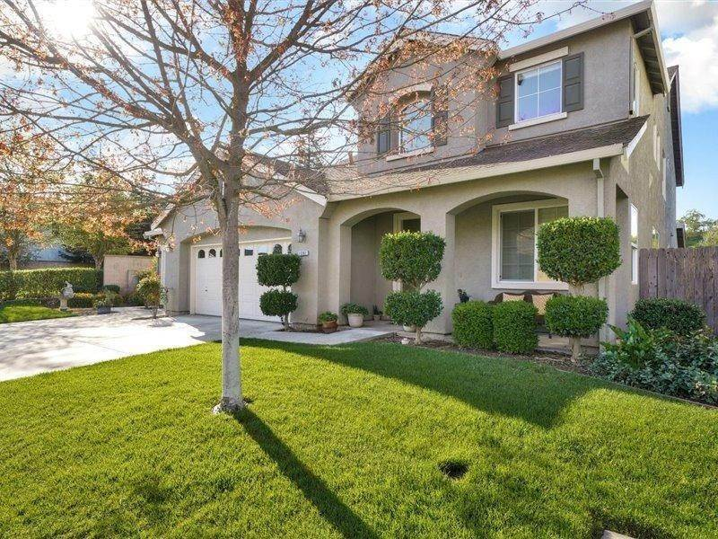 2. Single Family Homes for Active at 13202 Rivercrest Drive Waterford, California 95386 United States