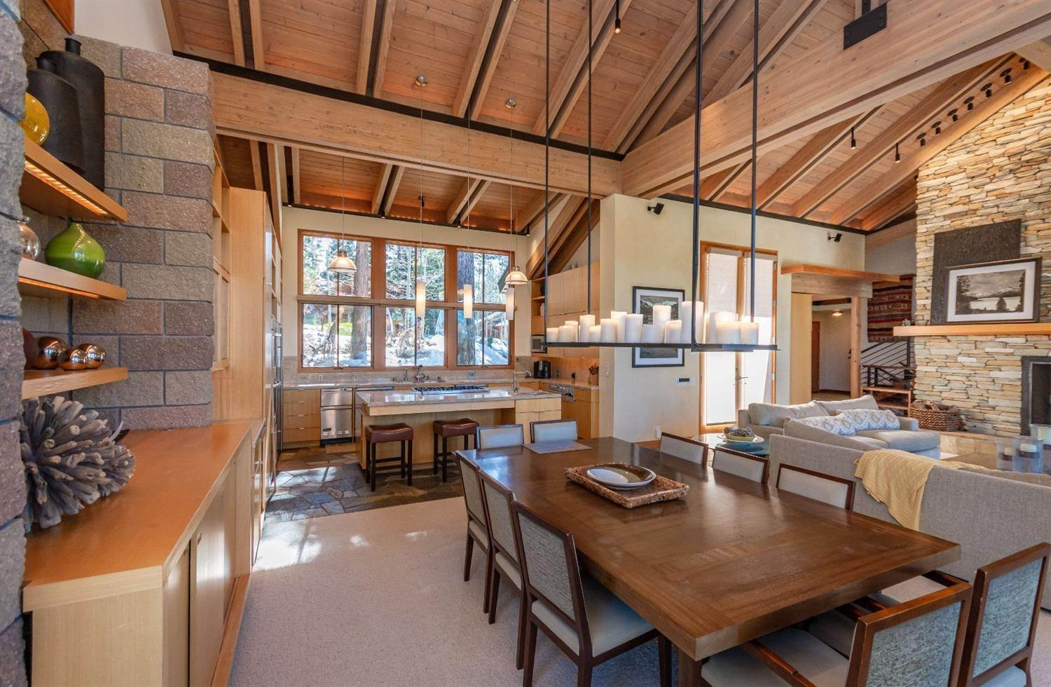 14. Single Family Homes for Active at 1721 Grouse Ridge Truckee, California 96161 United States
